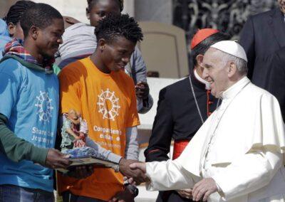 """Como Jesucristo, obligados a huir. Acoger, proteger, promover e integrar a los desplazados internos""."